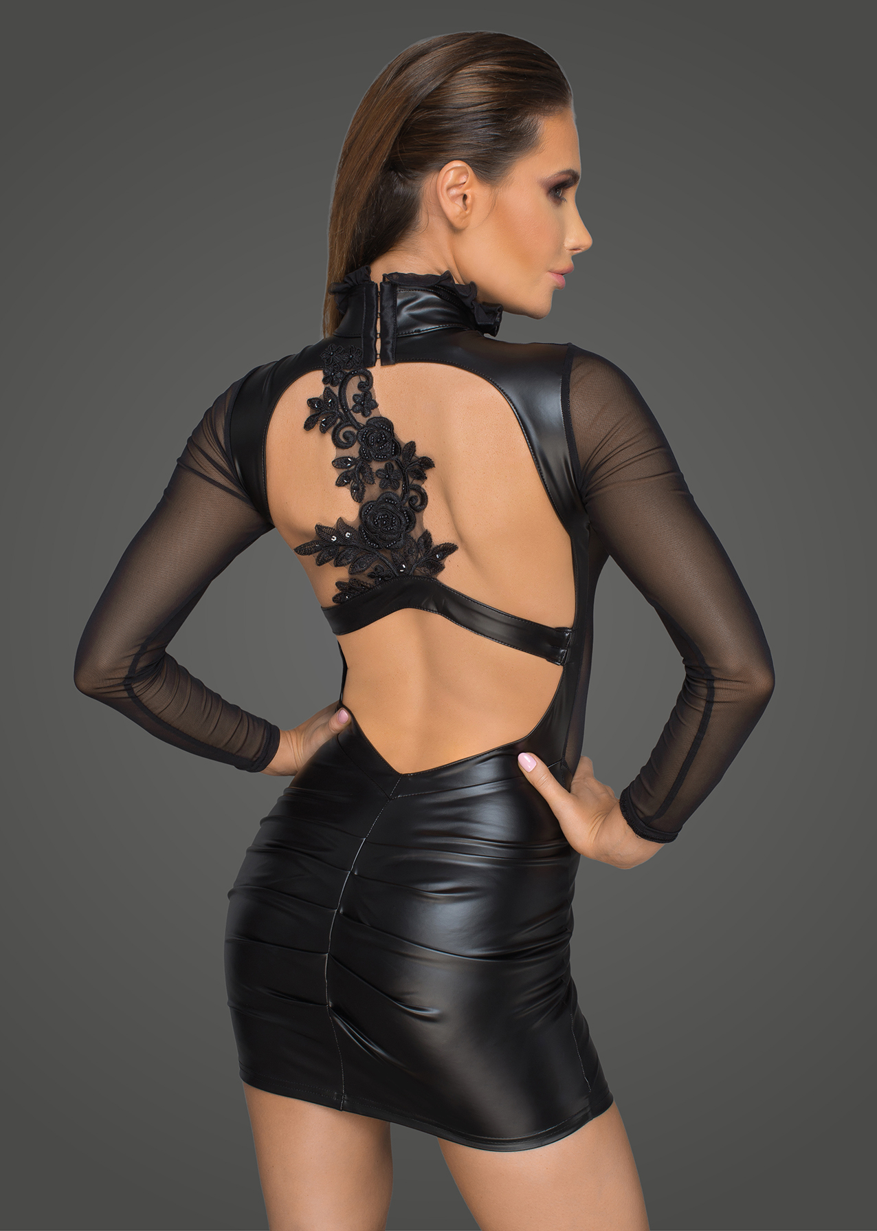 F142 Powerwetlook mit Tüll Minikleid mit Applikationen VIP