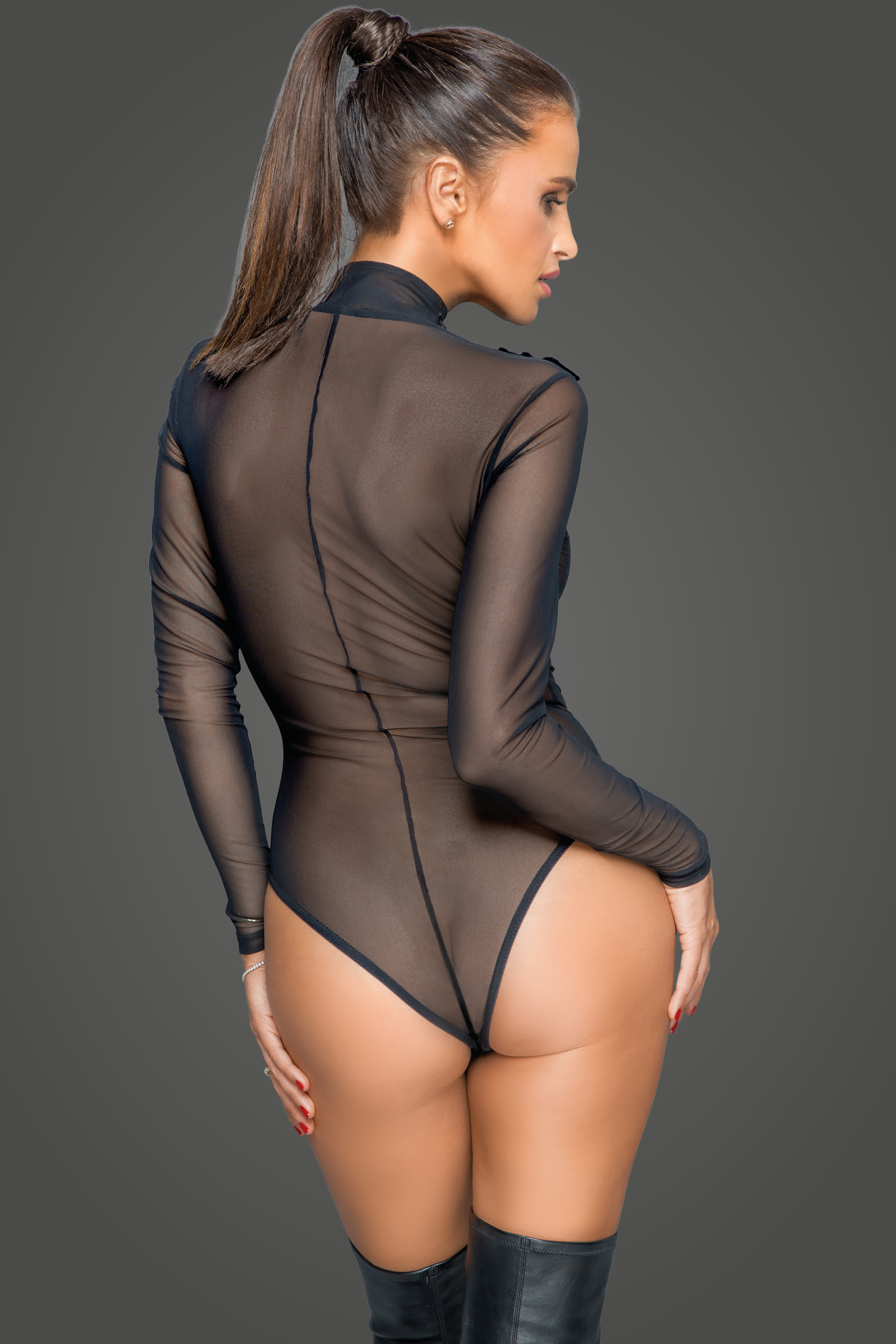 F221 Zipped tulle body with embroidery